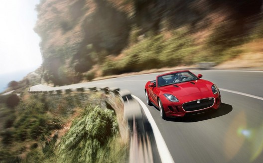 Jaguar Introduces All-New F-Type With Fun Global Ad Campaign