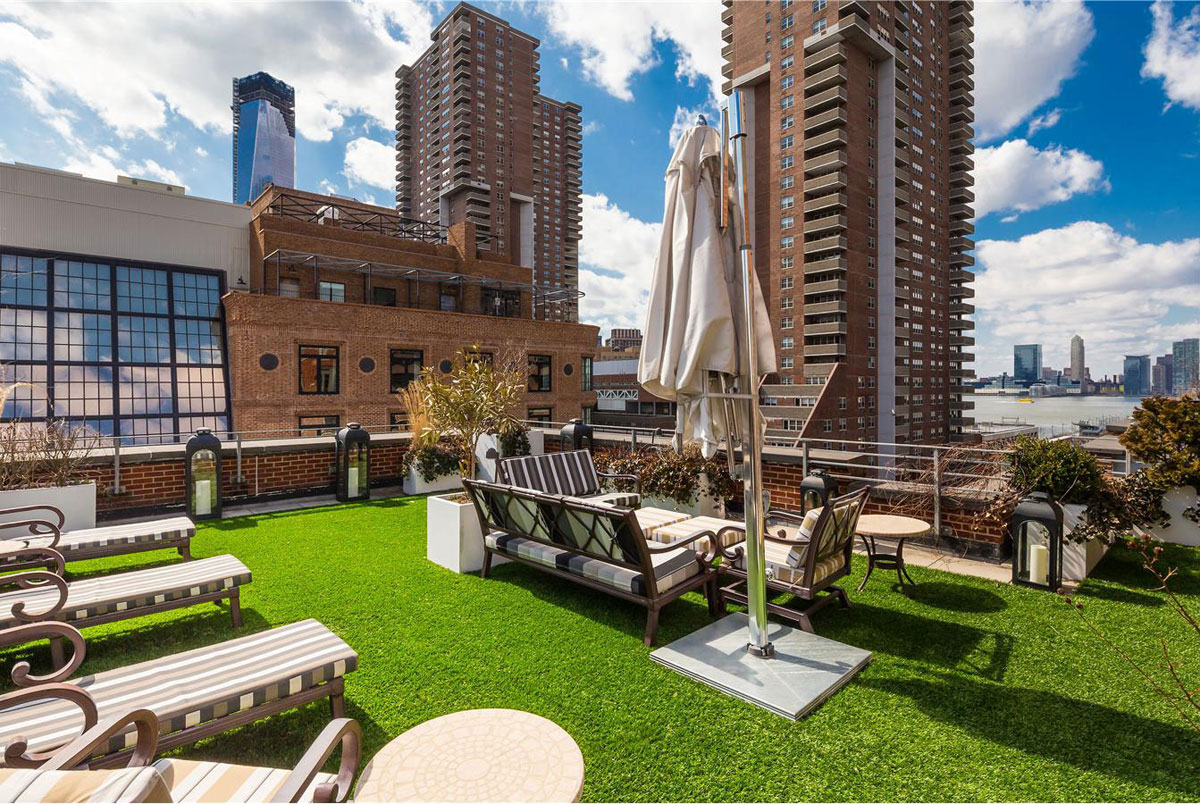 Exclusive penthouse with a backyard in tribeca for sale for Nyc penthouse for sale