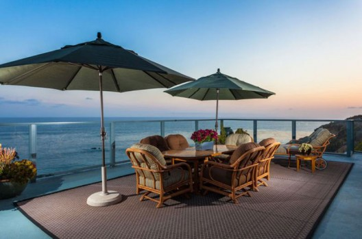 Luxury California estate on the Upper Cliffs of the Headlands, with breathtaking 220-degree views of world-famous Dana Point Harbor, will be offered on sale without reserve on June 18th by Concierge Auctions