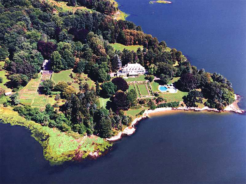 190 million greenwich 39 s copper beech farm most