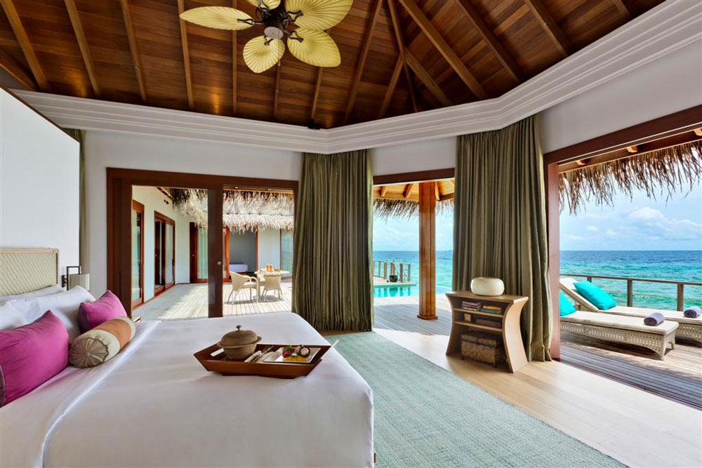 enjoy your unforgettable vacation in dusit thani maldives. Black Bedroom Furniture Sets. Home Design Ideas