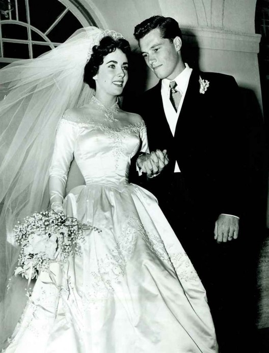 Elizabeth Taylor's First Wedding Gown Could Fetch $75,000 at Auction