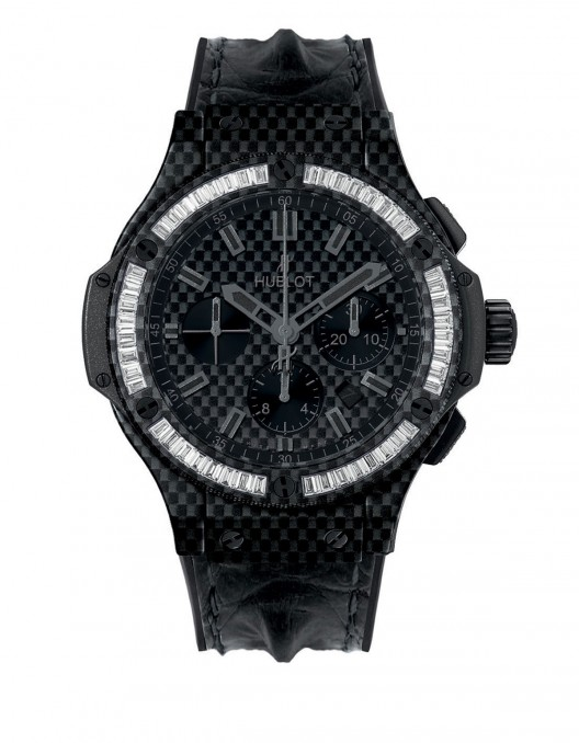 Hublot has taken the Full Carbon concept to its ultimate expression, by successfully setting baguette-cut precious stones in a component - the bezel - made from carbon fibre