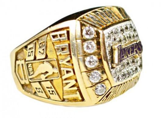Kobe Bryant 2000 Lakers championship ring