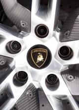 Lamborghini Urus SUV confirmed for production in 2017