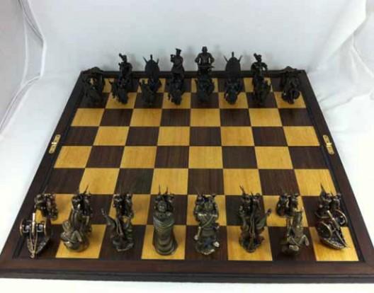 Littlehand UK's Anglo-Zulu war chess set