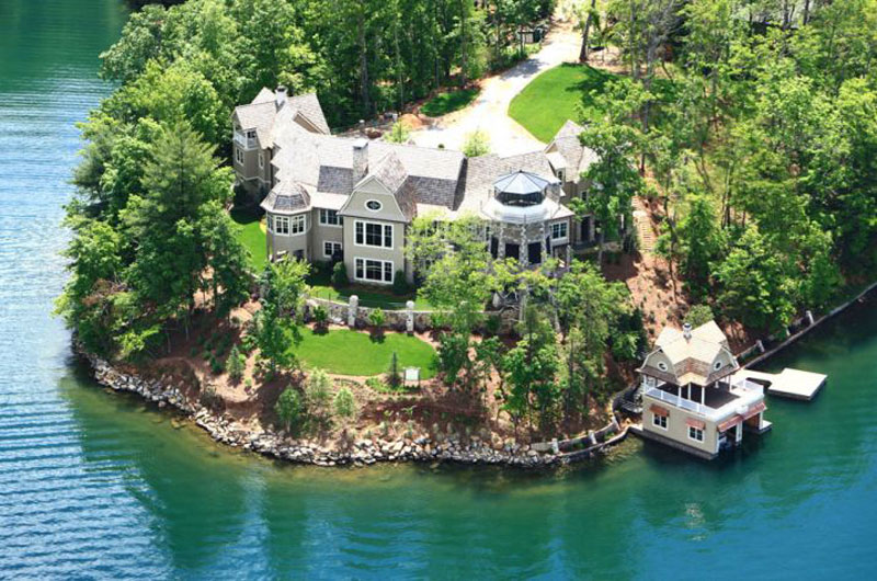 No reserve auction listed nick saban 39 s million for Lake front properties