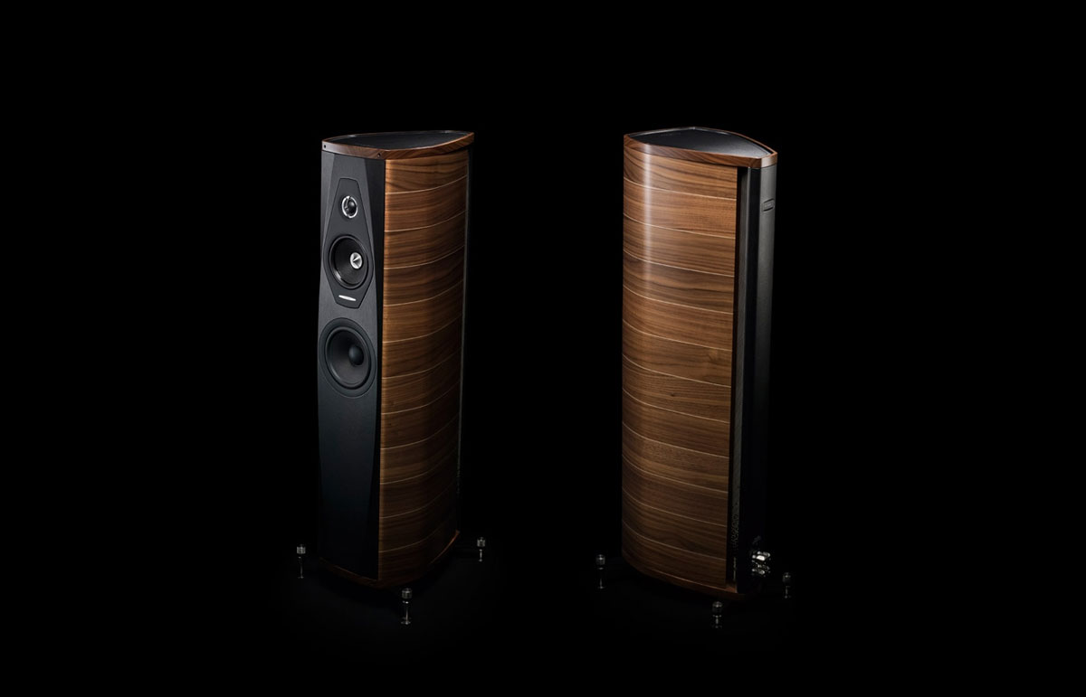 new olympica loudspeakers from sonus faber extravaganzi. Black Bedroom Furniture Sets. Home Design Ideas