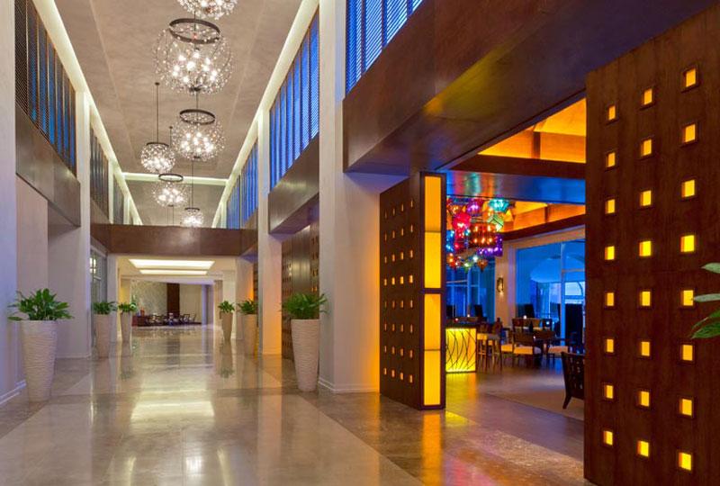 The Westin Playa Bonita Hotel At Panam 225 Extravaganzi
