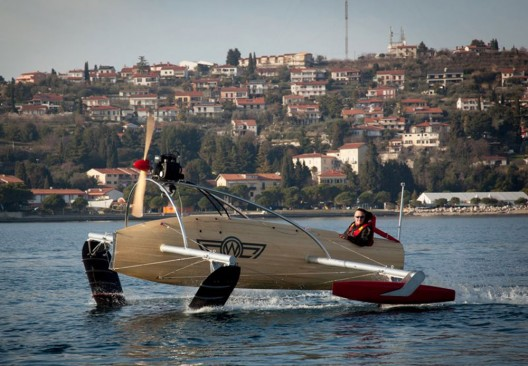 Fly This Boat Right Over the Water: Meet the wFoil Albatross