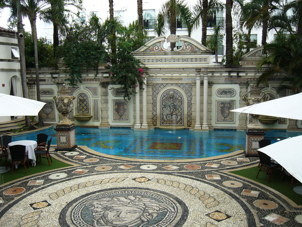 Sale Versace Home Versace's Miami Home Gets