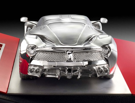 LaFerrari Sculpture Scale 1:18