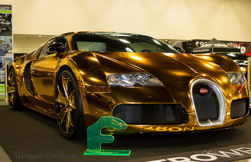 metro wrapz gold chrome vinyl wrapped bugatti veyron extravaganzi. Black Bedroom Furniture Sets. Home Design Ideas