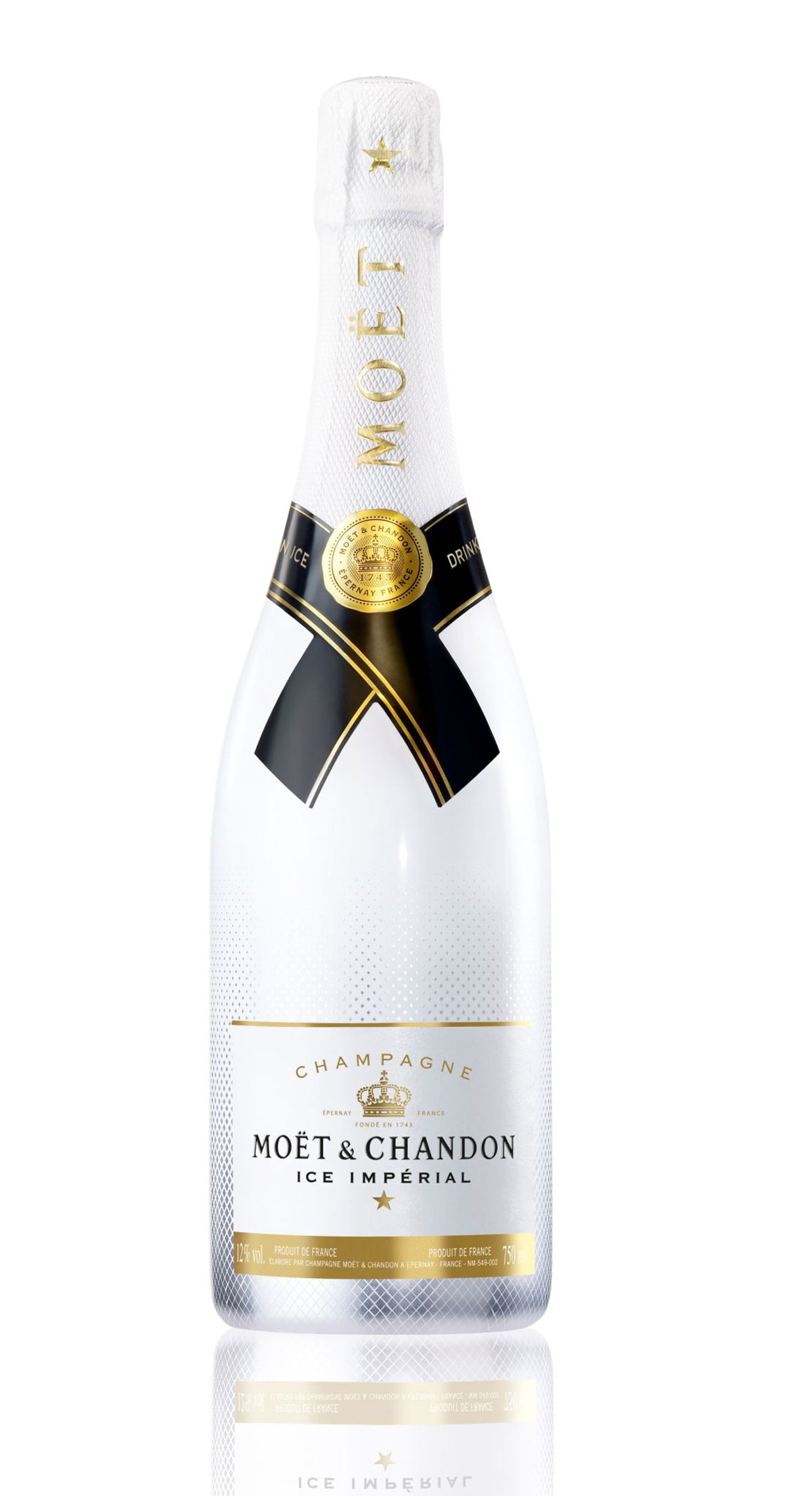 world s first ever champagne created to be enjoyed over ice moet chandon ice imperial. Black Bedroom Furniture Sets. Home Design Ideas