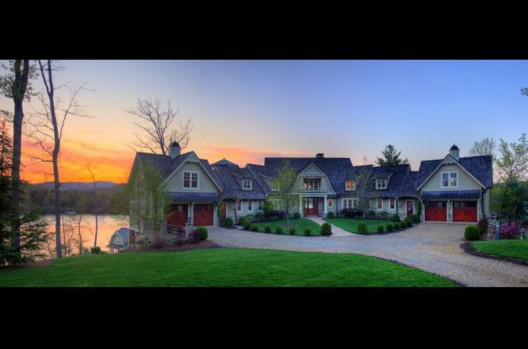 The Pointe on Lake Burton, Nick Saban's Waterfront Estate up For Auction