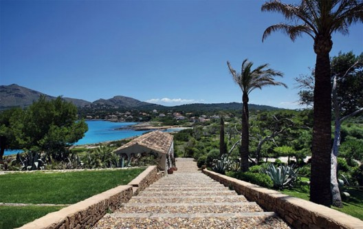 Private Waterfront Estate in Mallorca