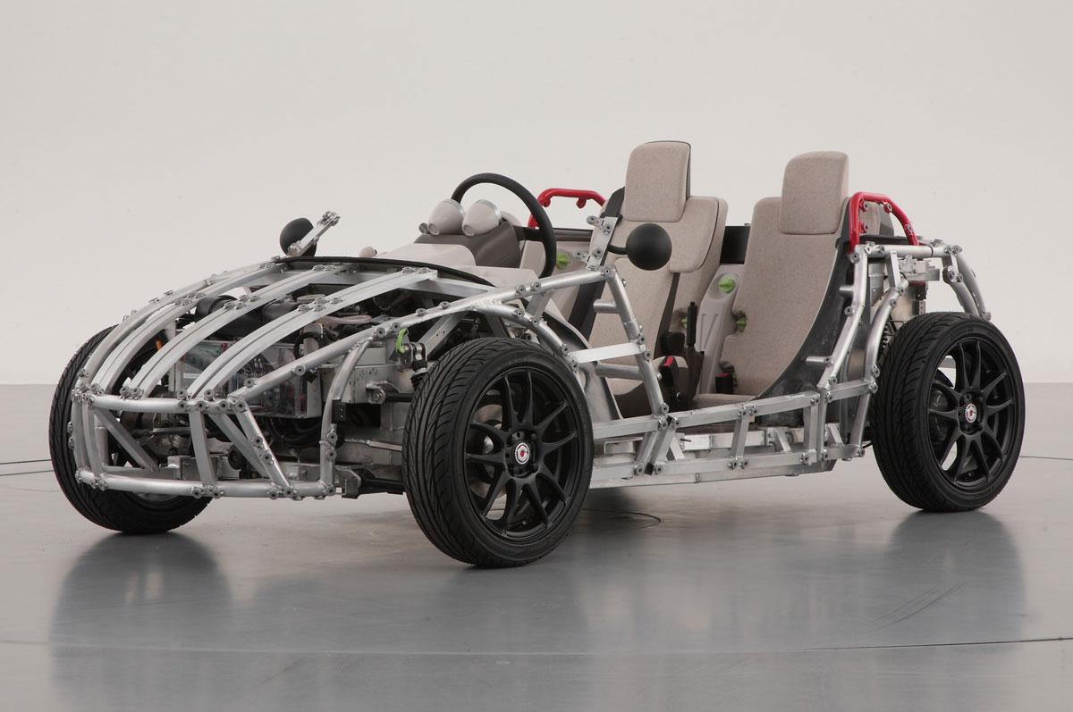 Toyota Unveiled Camatte 57s Folding Car Extravaganzi