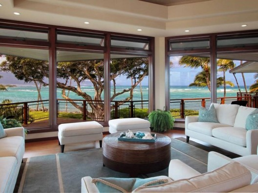 Magnificent beachfront residence in Hawaii
