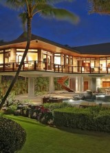 Beachfront Residence In Hawaii For $9.5Milion