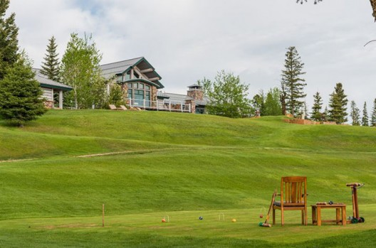 Big EZ Lodge in Big Sky, Montana on sale by Concierge Auctions