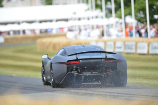 Jaguar Shocks Goodwood Crowd with C-X75 Dynamic Debut