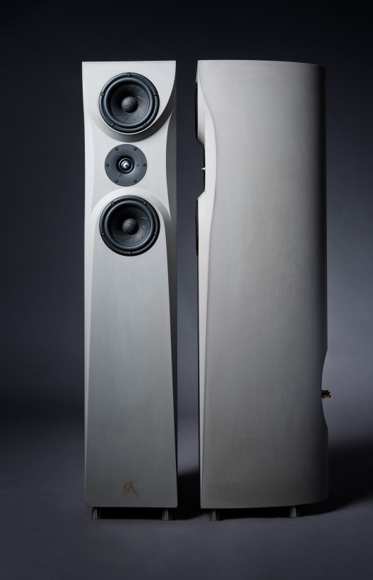 Concrete Audio N1 - Strong Speakers Made of Concrete for Equal Sound