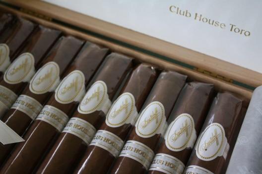 Davidoff Masters Edition Club House Toro Cigar woos golfers