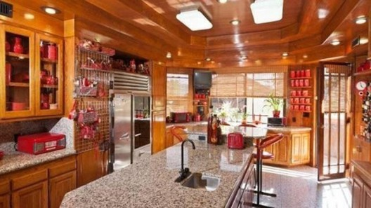 Own It: Frank Lloyd Wright-Inspired Villa on Market for $2.8M