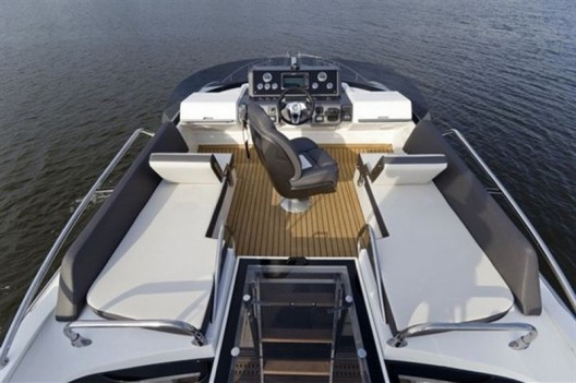 New Galeon 430 Skydeck Sports Yacht