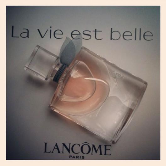 Lancôme unveils a lighter take on La Vie est Belle Read more: Lancôme unveils a lighter take on La Vie est Belle | LUXUO Luxury Blog http://www.luxuo.com/beauty/lancome-la-vie-est-belle-eau-de-parfum-legere.html#ixzz2ZUYfubDC Lancôme unveils a lighter take on La Vie est Belle Read more: Lancôme unveils a lighter take on La Vie est Belle | LUXUO Luxury Blog http://www.luxuo.com/beauty/lancome-la-vie-est-belle-eau-de-parfum-legere.html#ixzz2ZUYfubDC This new – La Vie Est Belle L'Eau de Parfum Legere