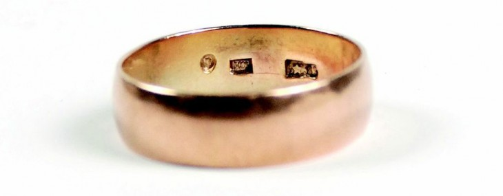 Lee Harvey Oswald's Wedding Ring At Auction