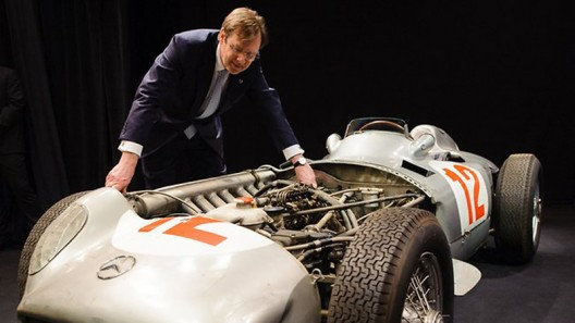 1954 Mercedes-Benz Formula 1 car sold for record price of nearly $30 million
