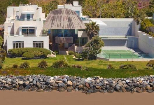 $57,500,000 Modern Esatae At Malibu