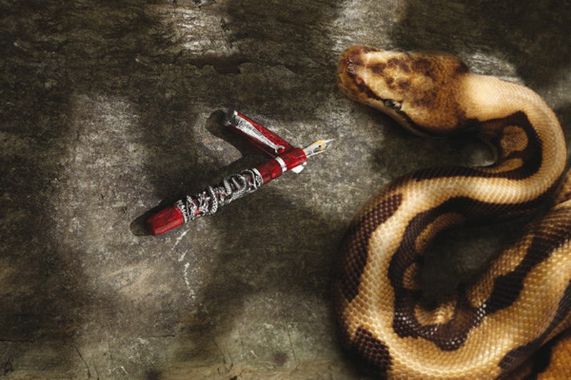 Montegrappa has unveiled the Snake 2013