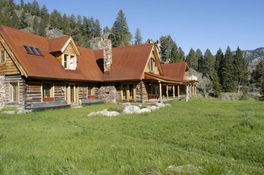 Seventies Sensation Carole King Slashes Price of Idaho Ranch