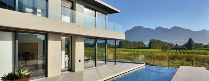 Located at Paarl, Western Cape, South Africa, this property cost R 22 200 000 ZAR / $2,164,671 USD and represent Award Winning Golf Property