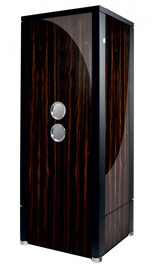 they unveiled, his grown up brother, the Collector Safe XL