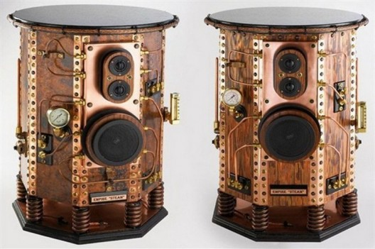 Design Air Hammer Industries, Empire Steam speakers in steampunk style are the focal point of any room