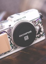 Harrods Olympus Pen Art Edition by Suzko comes with matching Vespa