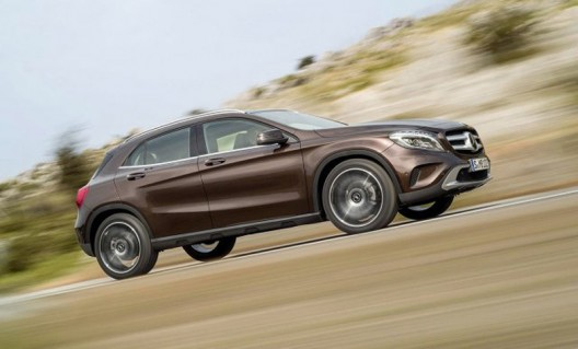 Mercedes has released the first pictures and technical details of the new models of GLA
