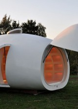 Mobile Office With The Shape Of An Egg