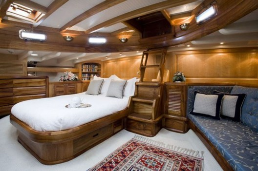 Superyacht Signe Available For Charter In The West Med