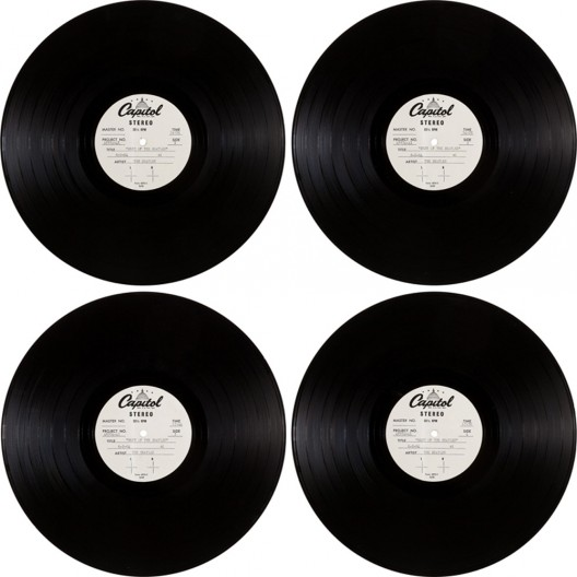 Heritage Auctions on August 10 in Dallas, Texas, will offer, at the Entertainment & Music Memorabilia auction, the very first album cover for The White Album of The Beatles