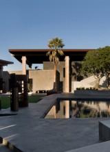 Tres Paraguas California Estate