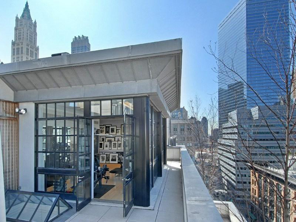 You can own the tribeca penthouse in new york extravaganzi for Modern house new york