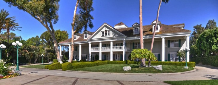 The Village Crean Compound is located at 2300 Mesa Drive, Newport Beach, California, United States