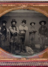 Half-Plate-Ambrotype-Featuring-Five-Armed-Men