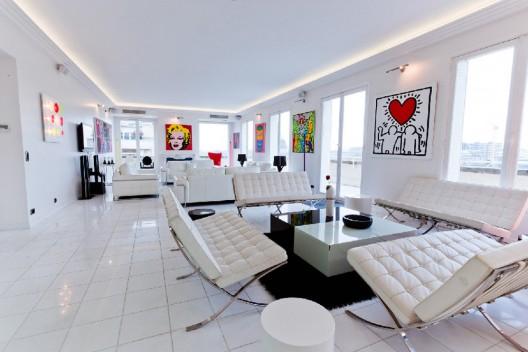 €45 Million for Luxury Parisian Penthouse on Avenue du President Kennedy