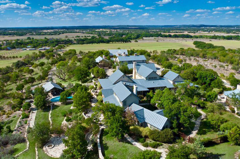 The riven rock ranch 207 acre texas hill country resort for 10000 square feet to acres