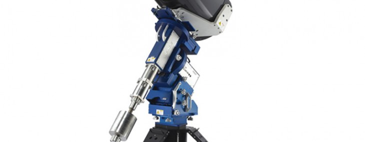 An observatory class telescope from Hammacher to observe the skies